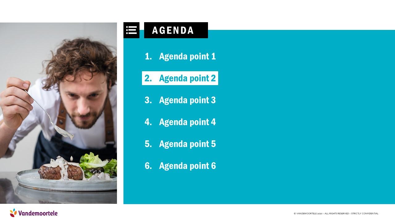 powerpoint template basisslide met agendapunten en beeld van jonge kok die bord afwerkt met saus
